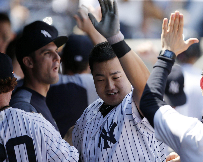 South Korean 1st baseman Ji-Man Choi homers in Yanks' debut