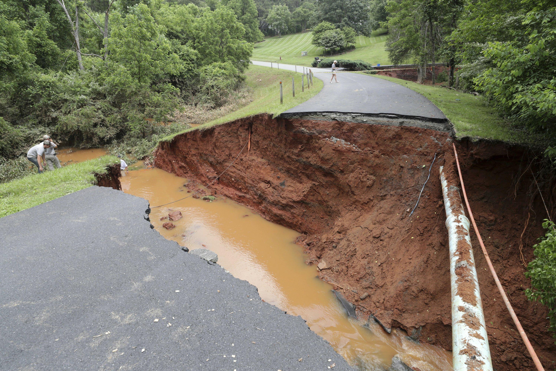 Alberto rains turn creek into raging river; cars swept away
