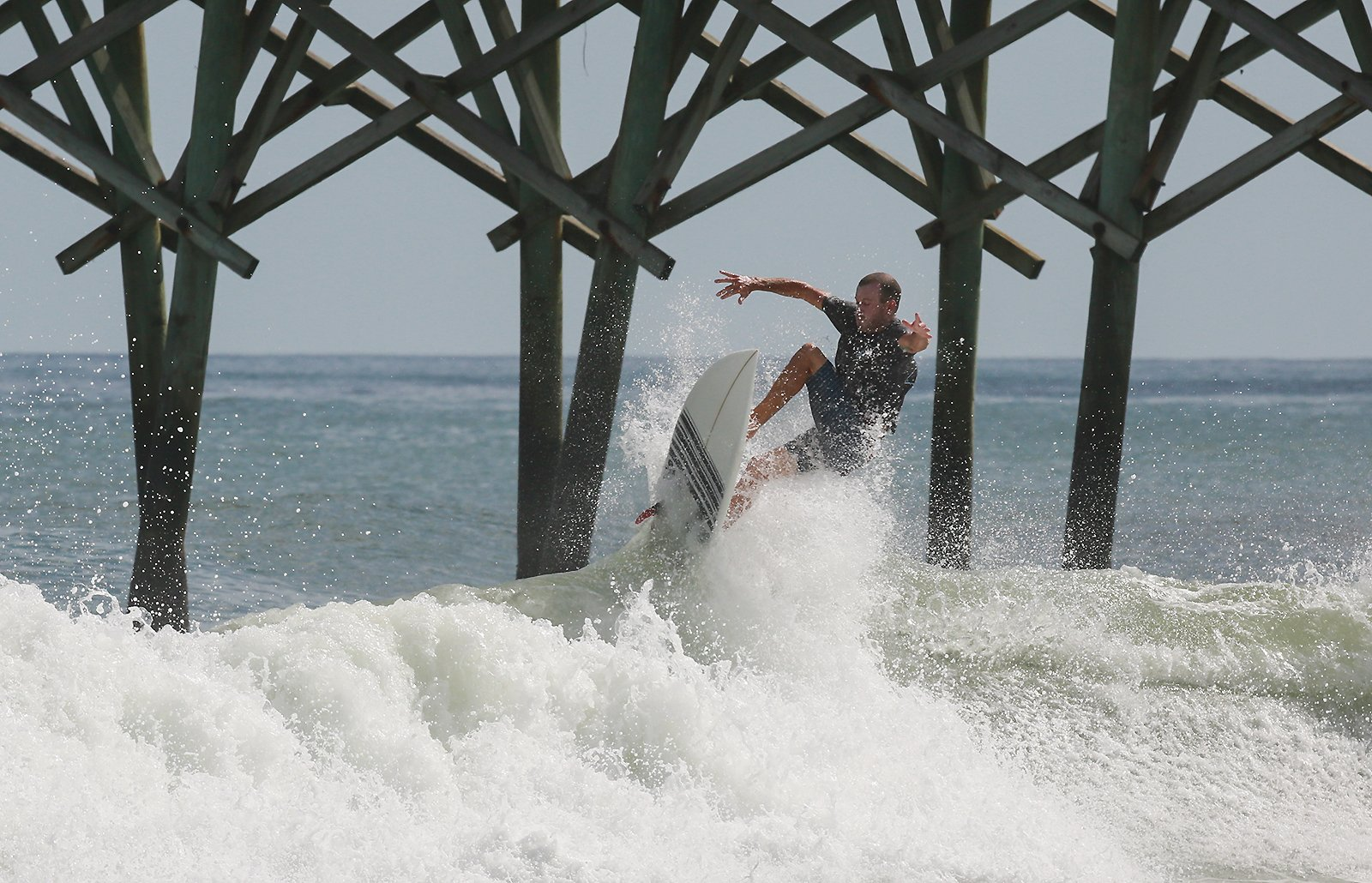 North Carolina beaches thin out ahead of tropical weather
