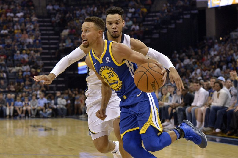 Stephen Curry, Dillon Brooks