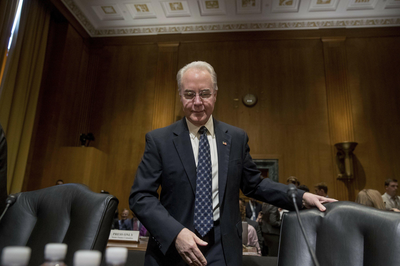 GOP pushes 2 top Cabinet picks through to full Senate