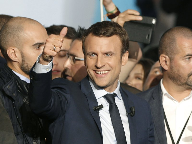 French Candidate Macron Focuses His Attacks On Le Pen