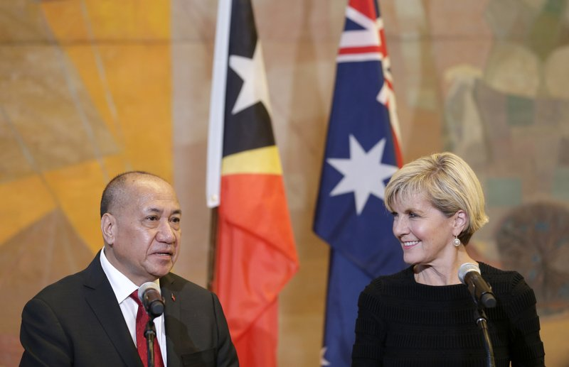 Agio Pereira, Julie Bishop
