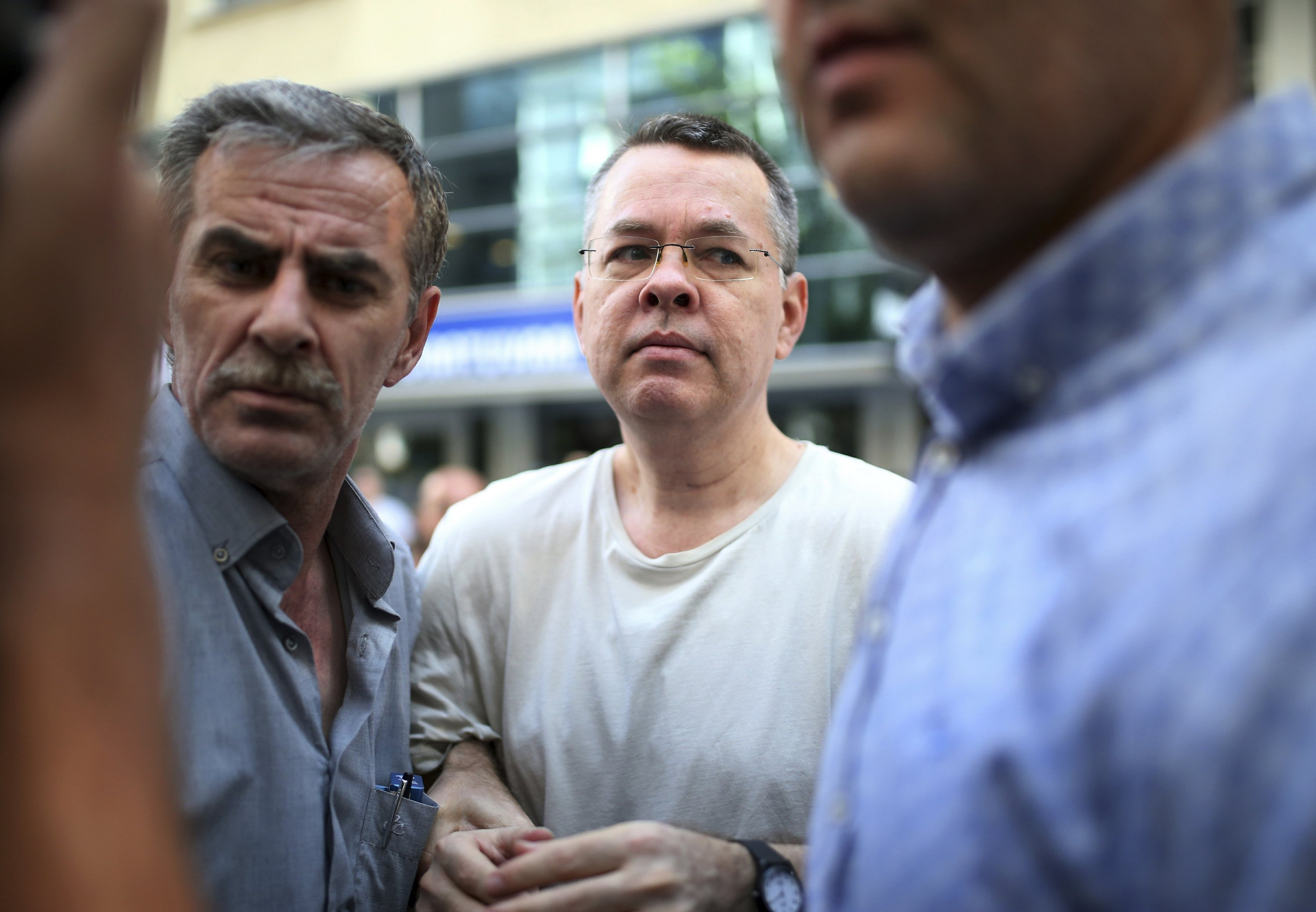 US slaps sanctions over charged pastor; Turkey vows reprisal