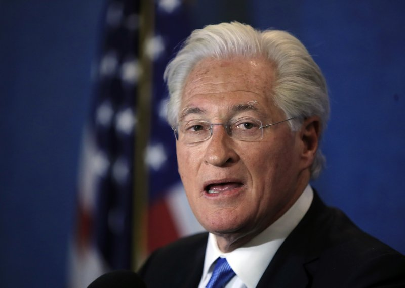 Trump's outside counsel on Russia probe threatens emailer