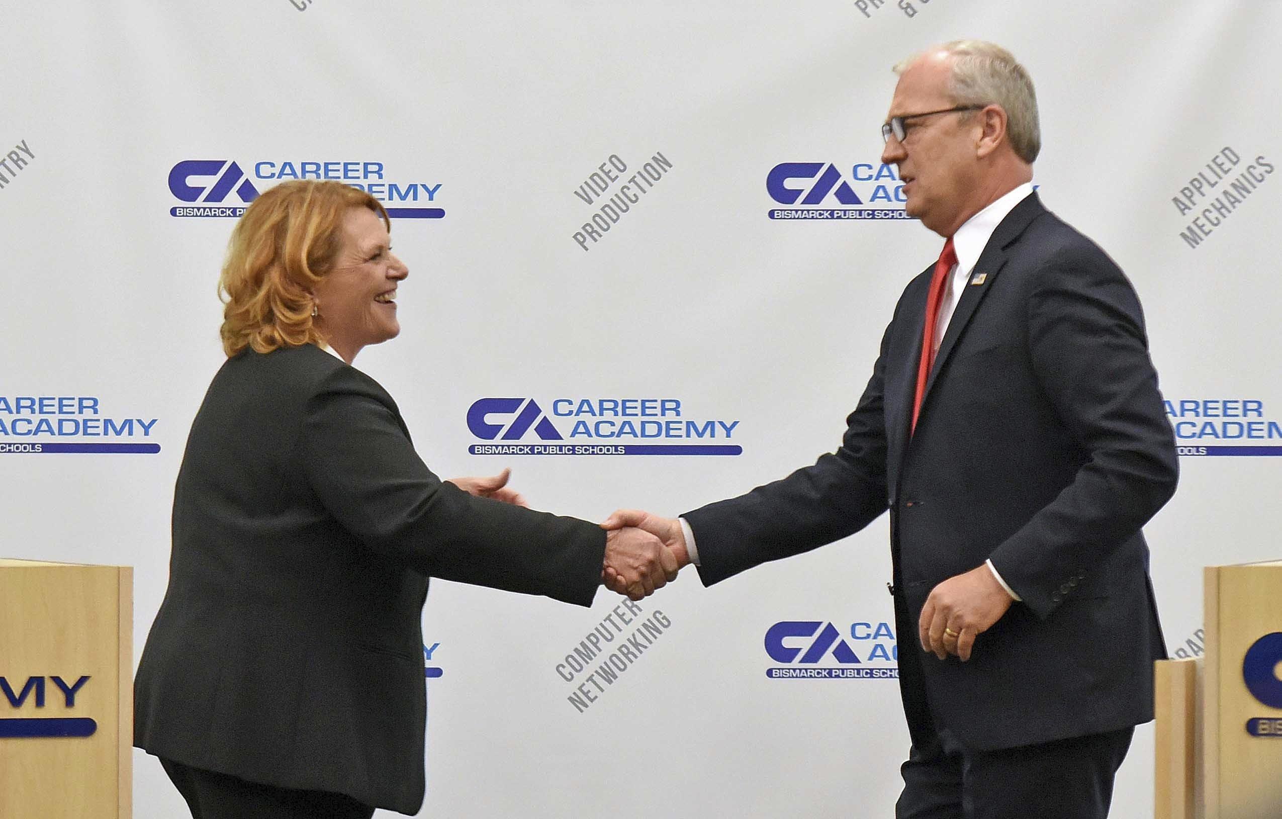 Heitkamp Renews Ad Apology Cramer Says Shes Not Bipartisan