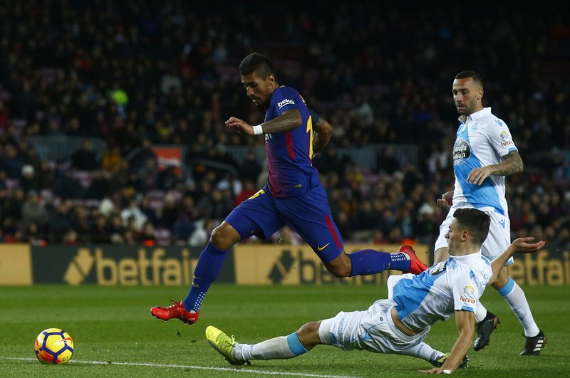 Lionel Messi, Fabian Schar
