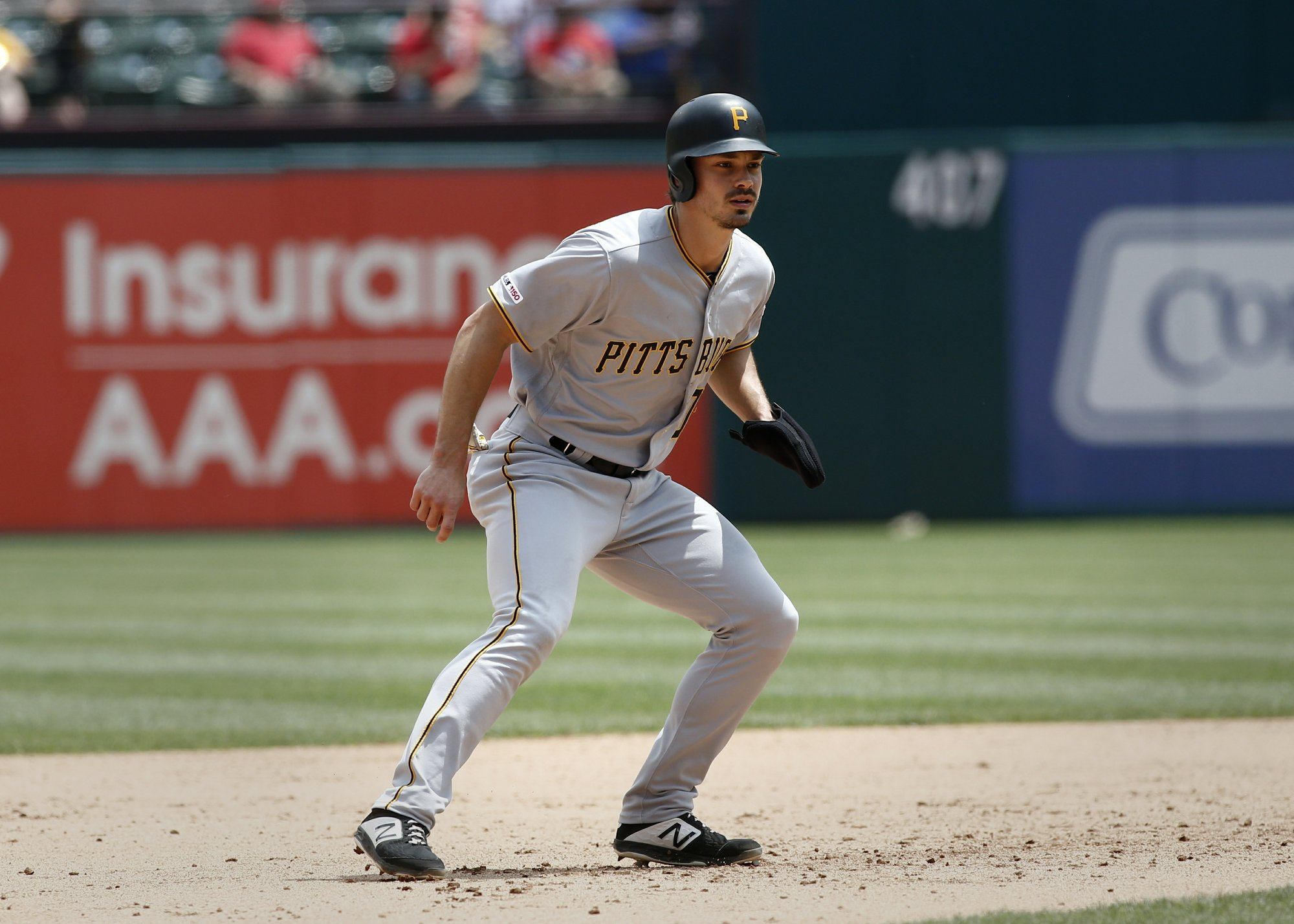 Reynolds keeps rookie run going as Pirates top Rangers 7-5