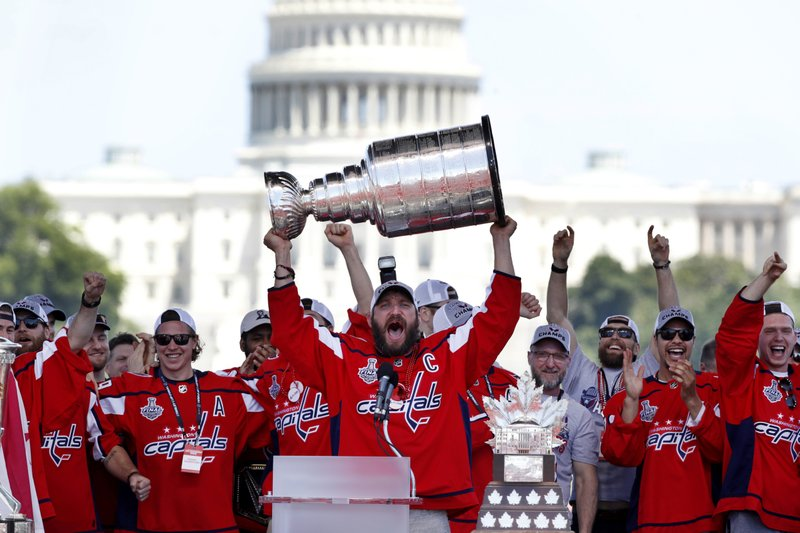 6ff9d723514 Playoff disappointments make Cup parade sweeter for Capitals