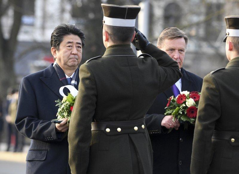 Shinzo Abe, Maris Kucinskis