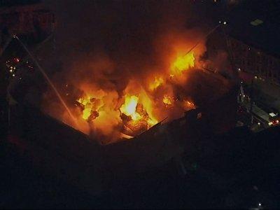 Raw: Oakland Firefighters Battle 4-Alarm Blaze