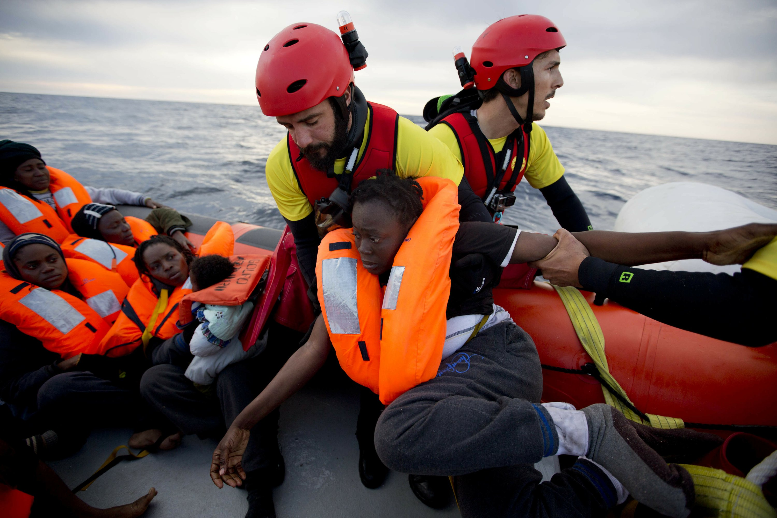 Europe plans to cut migrant influx by working with Libya