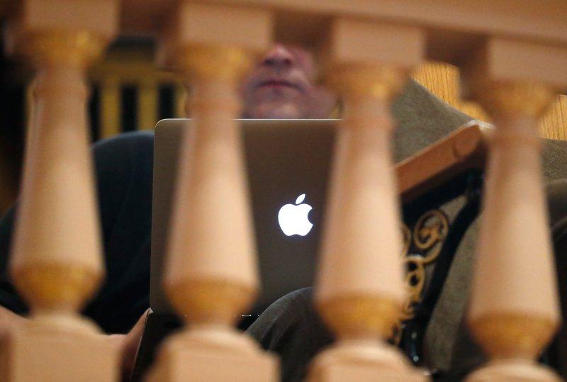 Apple computer, laptop, apple, computer, logo