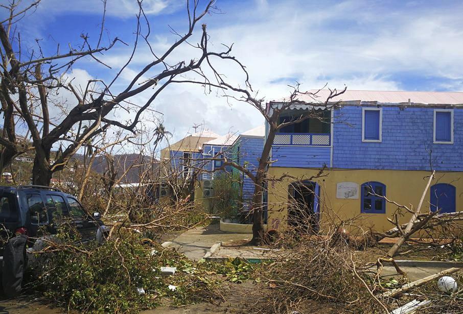 The Latest: Irma regains strength to Category 5 hurricane