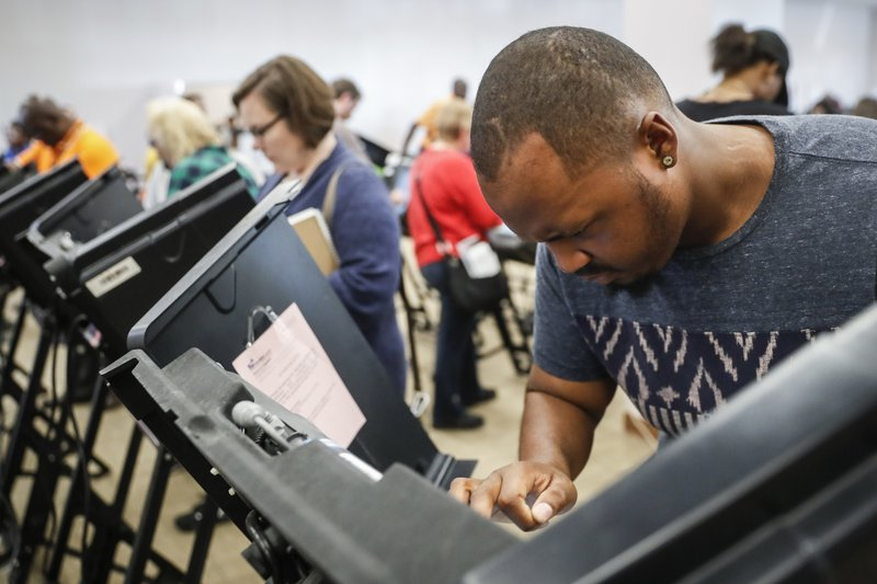 Early voting: Record levels in 2016 may give Clinton edge