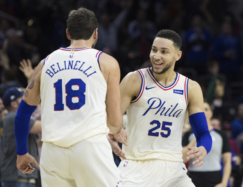 separation shoes a3a02 c3b64 76ers hold off LeBron, Cavs 132-130 for 13th straight win