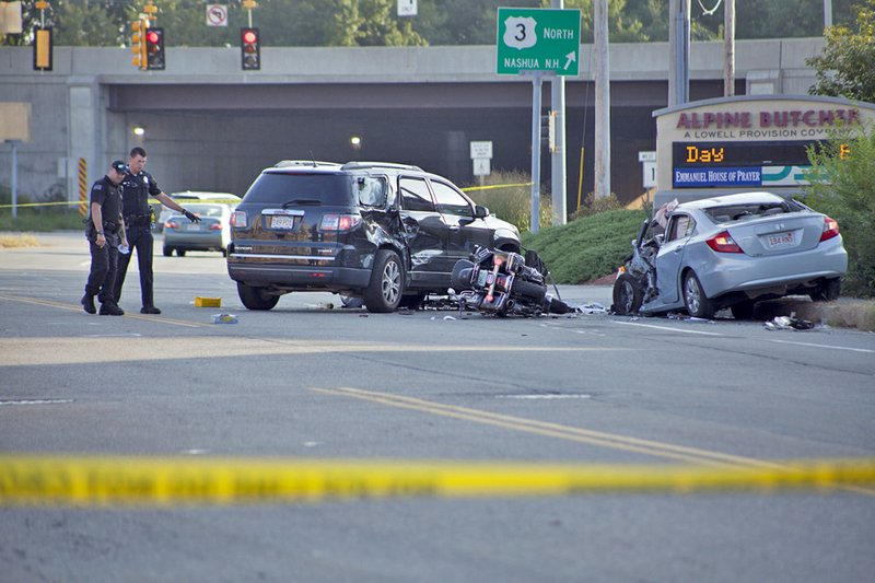 Crash Closes Chelmsford Street in Lowell