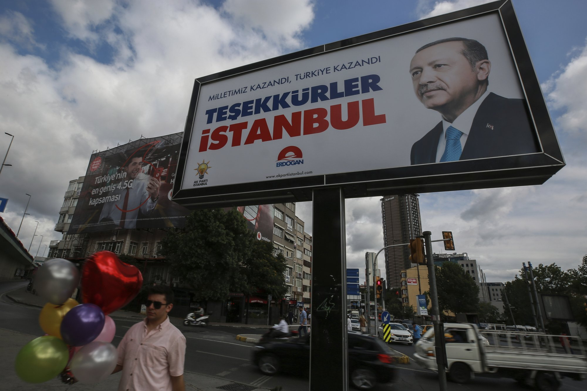 Erdogan Wins In Turkey Gets Ready To Assume Sweeping Powers