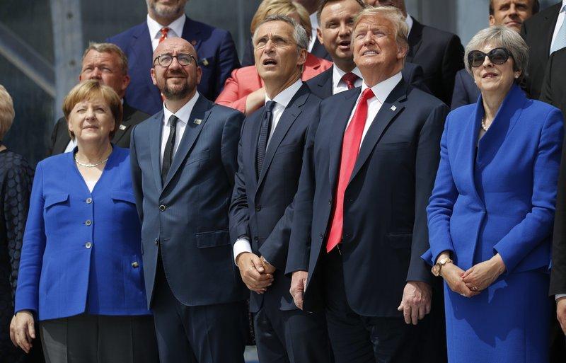 Angela Merkel, Charles Michel, Jens Stoltenberg, Donald Trump, Theresa May