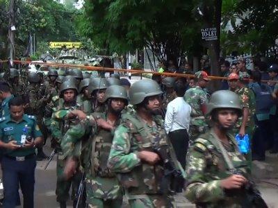 Raw: Dozens Killed In Dhaka Restaurant Attack