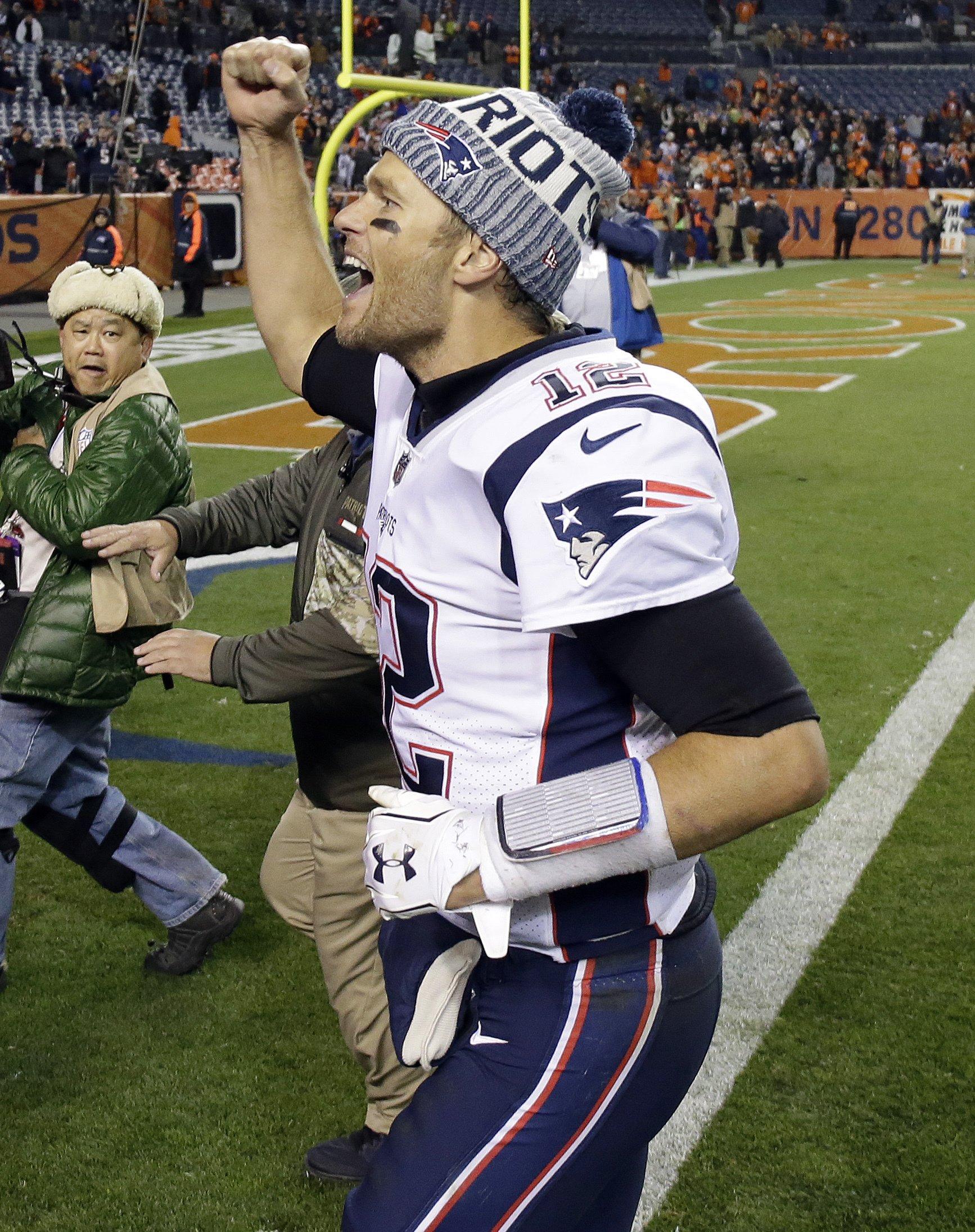 Brady, Patriots send Broncos to fifth straight loss, 41-16