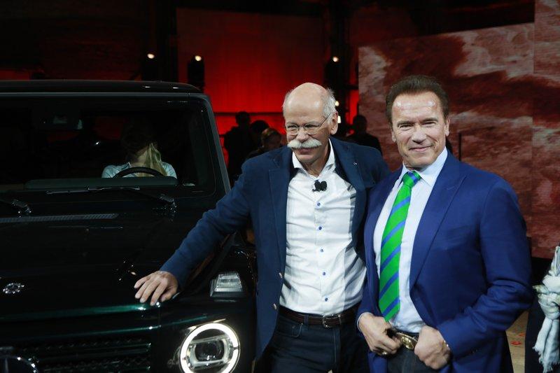 Dieter Zetsche Arnold Schwarzenegger