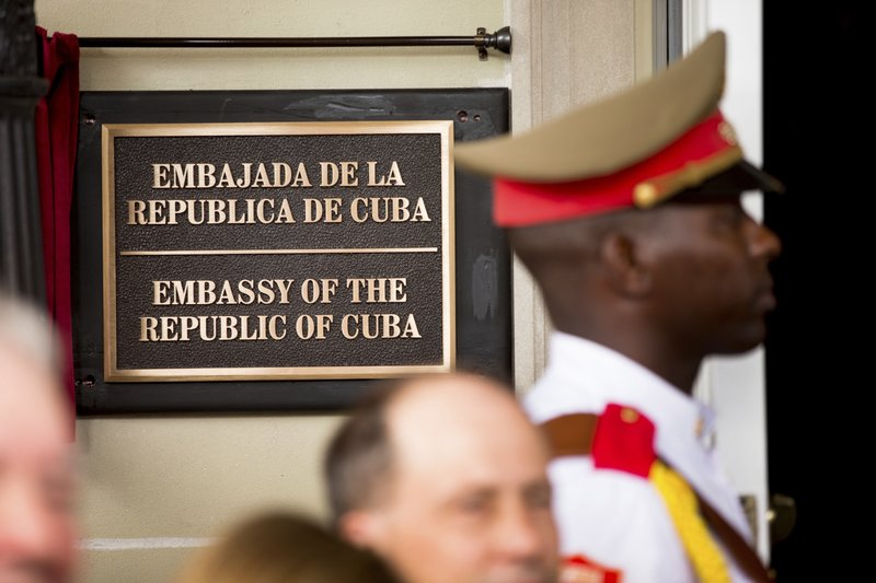 United States  and Canadian diplomats in Cuba suffer headaches/hearing loss