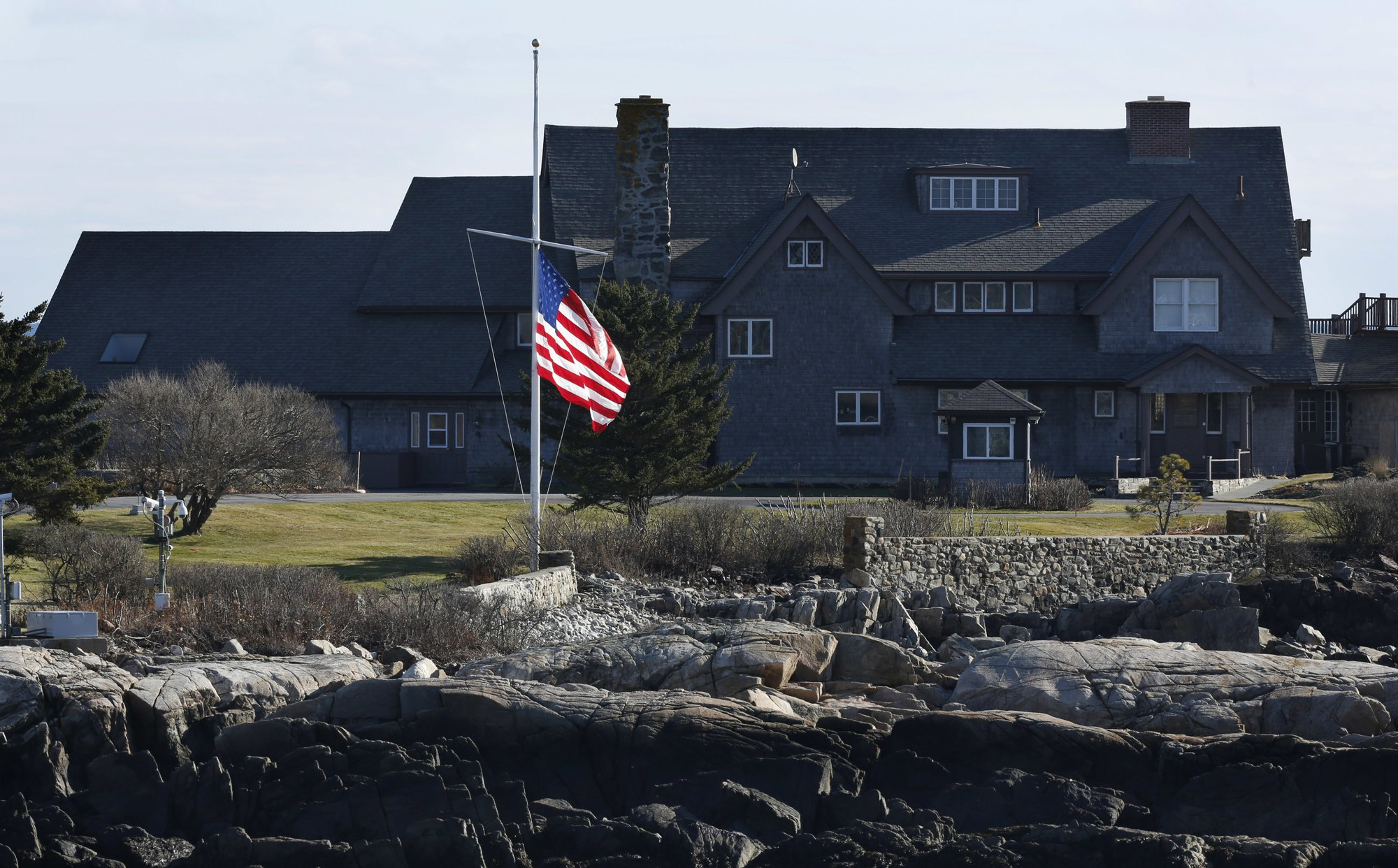People pay respects for George H.W. Bush in Maine