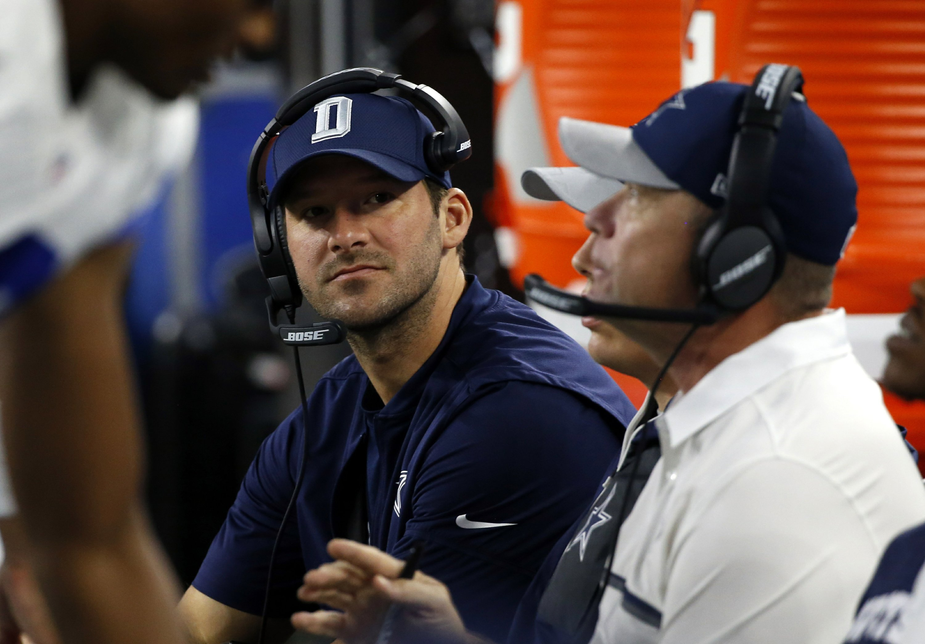 Cowboys' Romo full go at practice, and running scout team