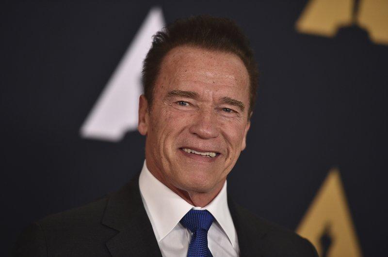 Schwarzenegger: OK Trump is still 'Apprentice' producer
