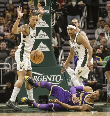 485ab8cdacc5 Lakers  Josh Hart done for season with right knee injury