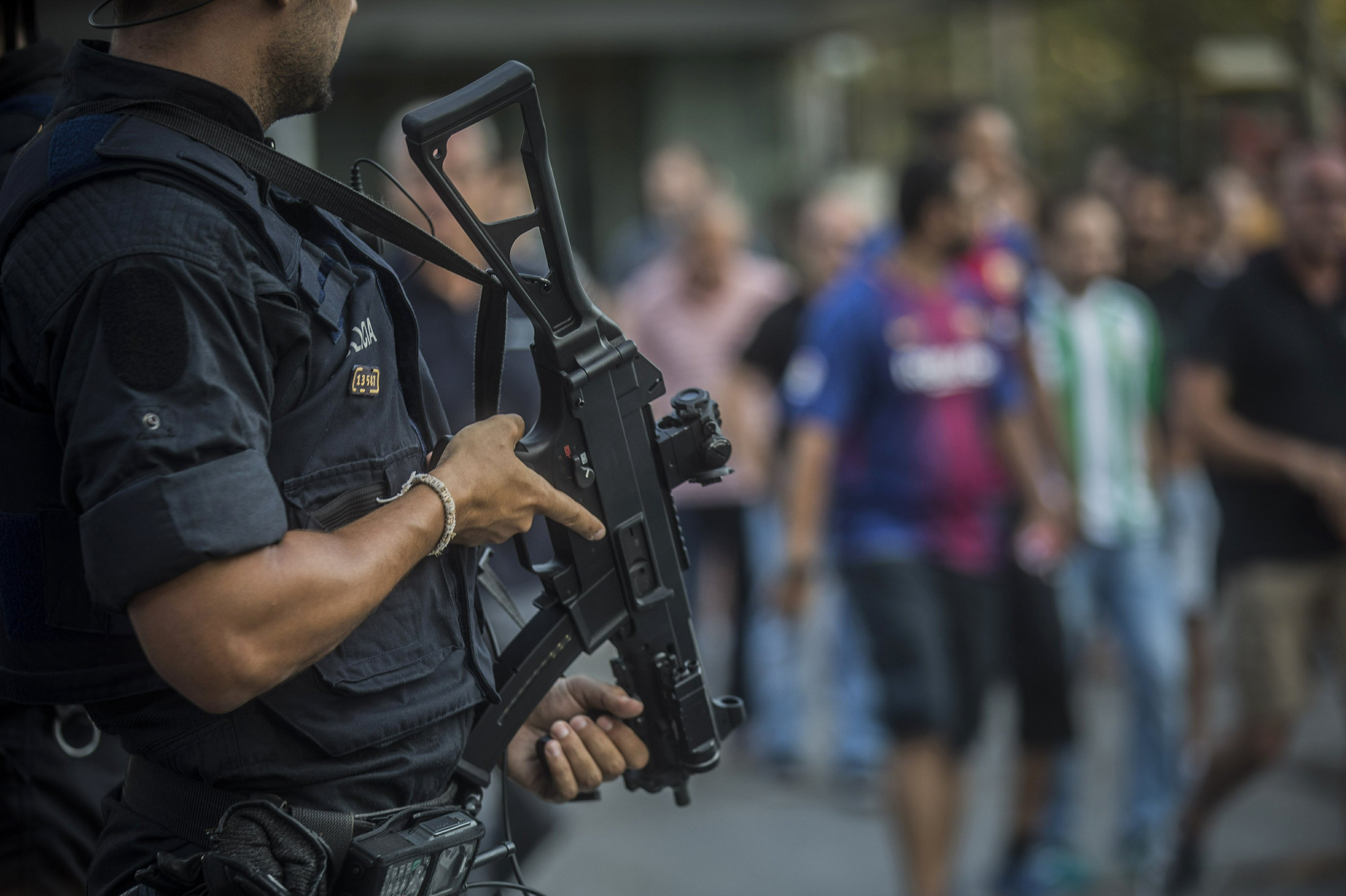 Manhunt intensifies in Spain for suspected final cell member