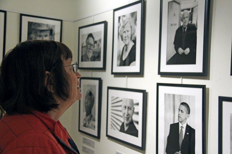 Nobel winners make appearance in Los Alamos