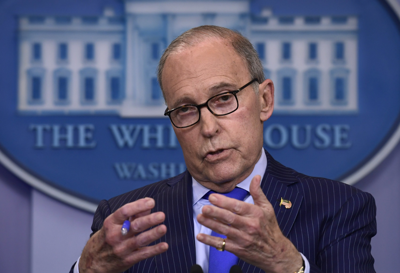 Trump economic adviser Larry Kudlow suffers heart attack