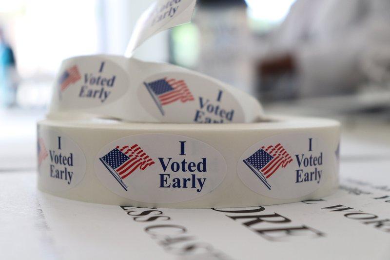 Voters choose nominees in Arkansas, Georgia, Kentucky, Texas (apnews.com)