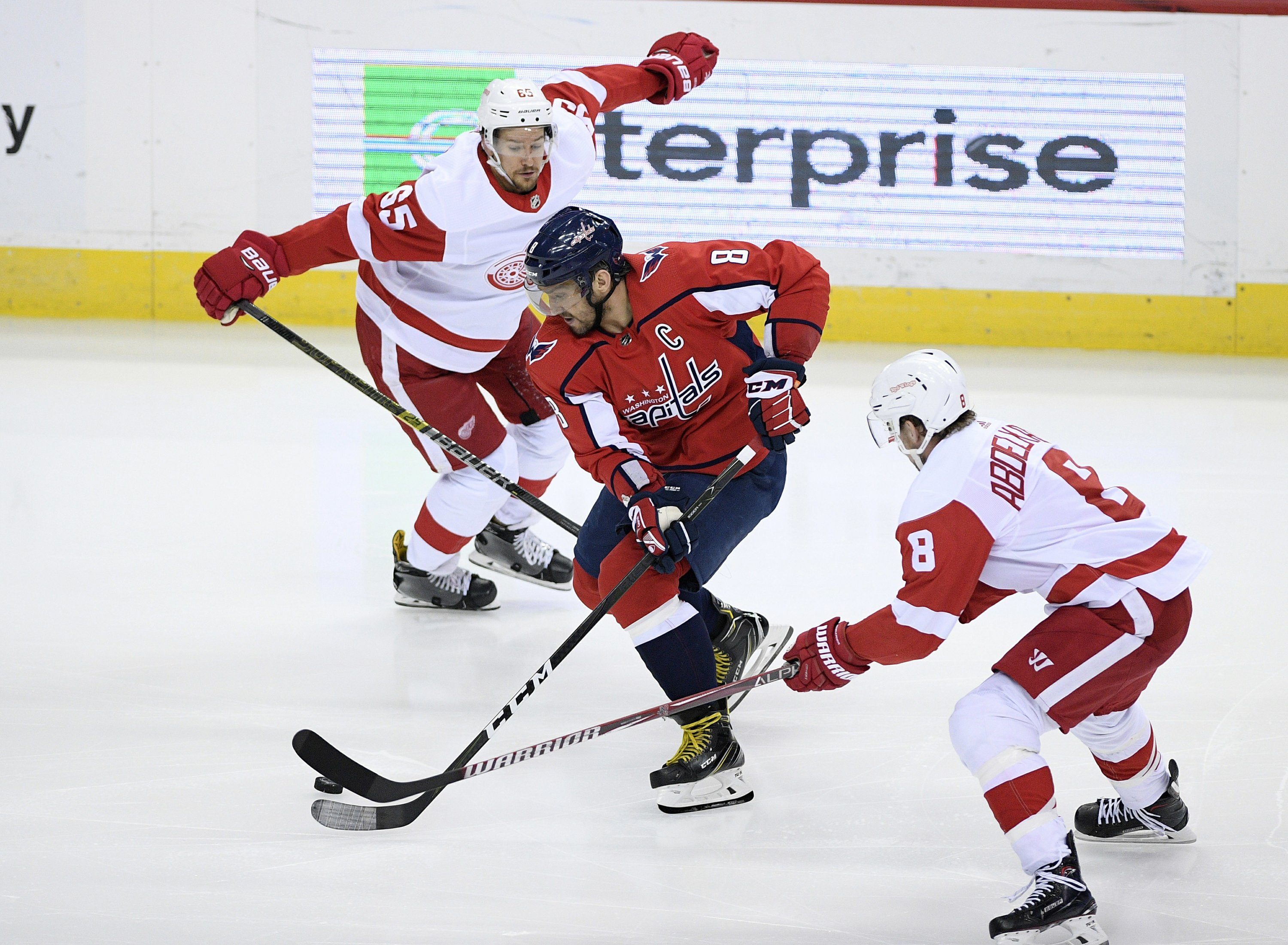 Ovechkin leads Capitals past Red Wings 3-1 14a2c2852