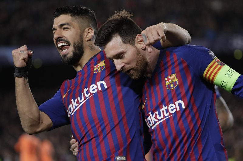 104a2c0d8 Messi helps Barcelona beat Lyon 5-1 to reach CL quarters