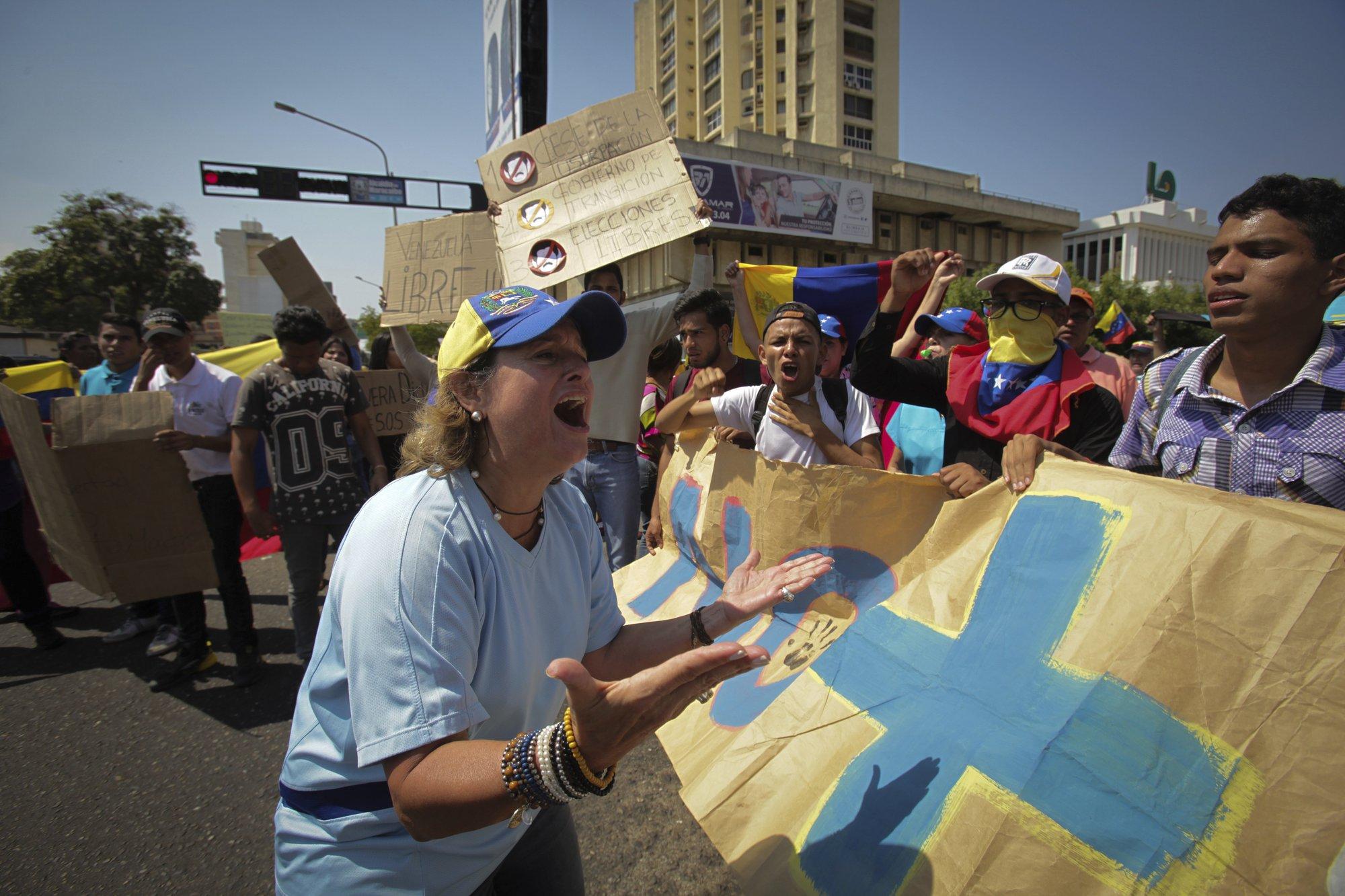 Thông tin về biến động chính trị ở Venezuela cho hết vào đây