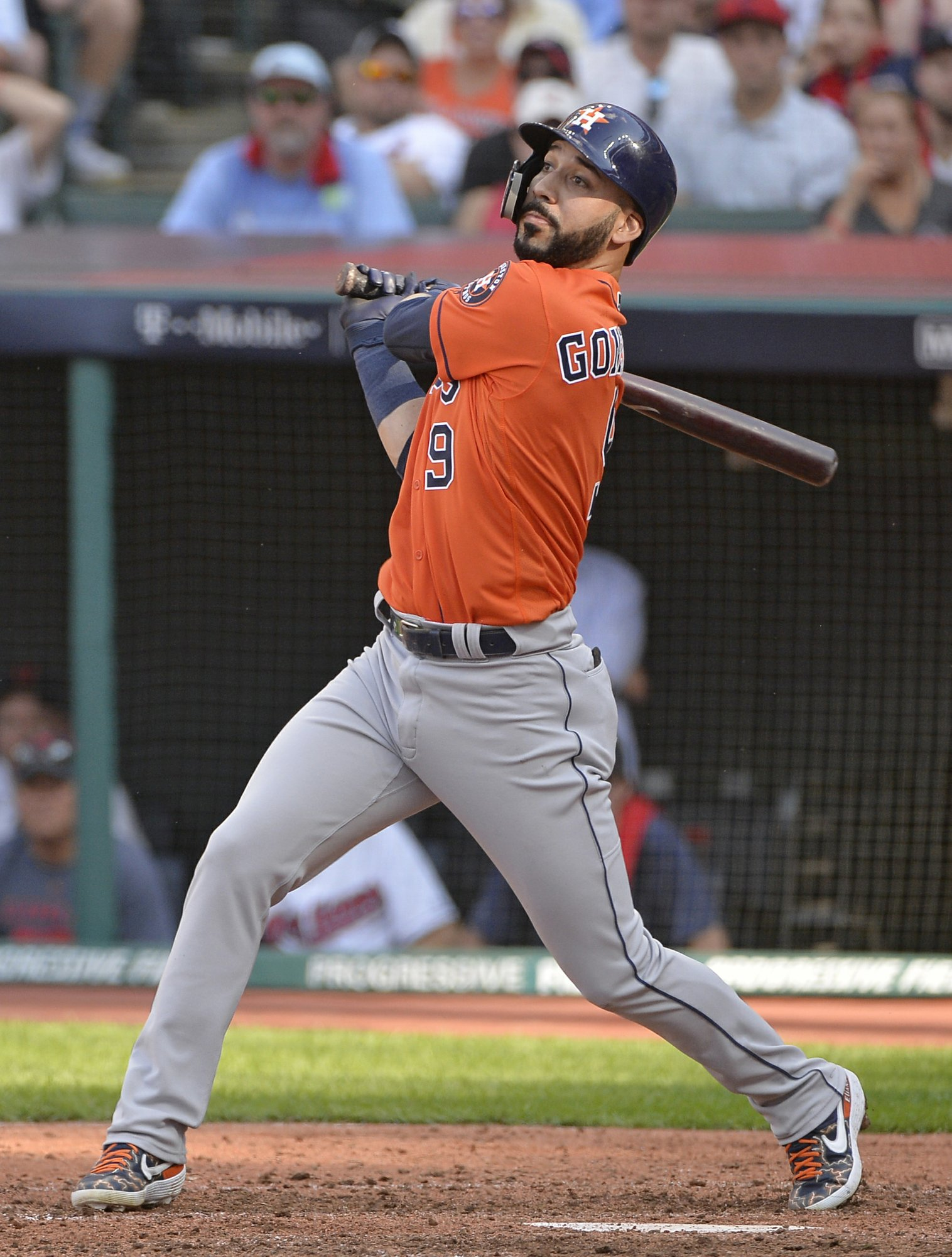 Goodbye to Marwin: Astros look to replace utility player