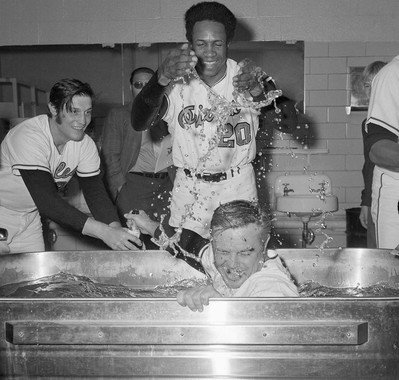 Earl Weaver, Frank Robinson, Pete Richert