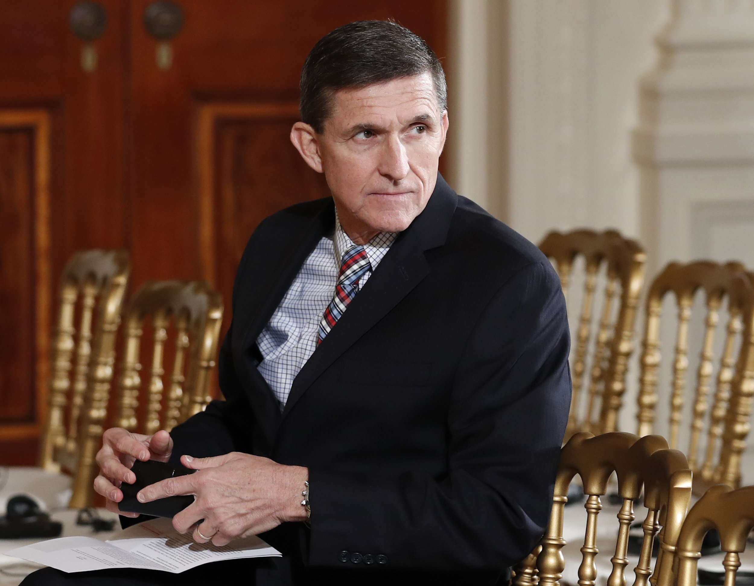 Trump transition raised flags about Flynn Russia contacts