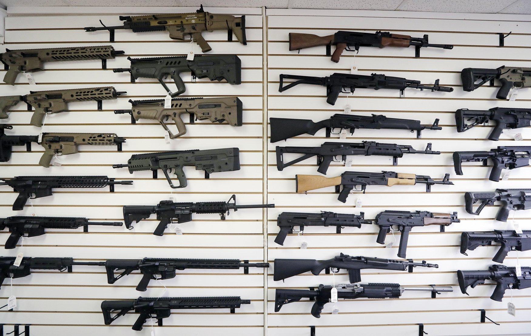 Washington bans anyone under 21 from buying assault rifles
