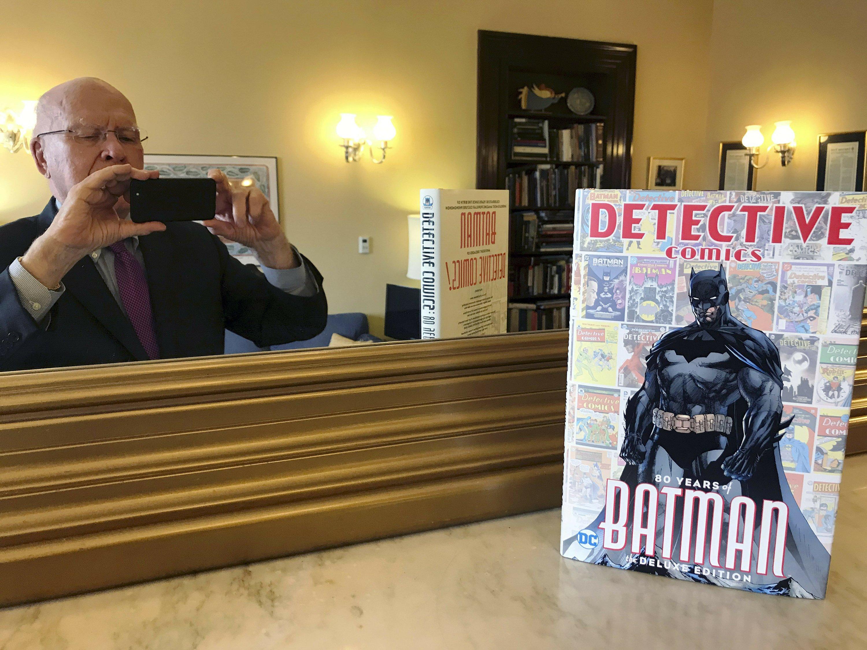 Batman fan Sen. Patrick Leahy writes comic book's forward