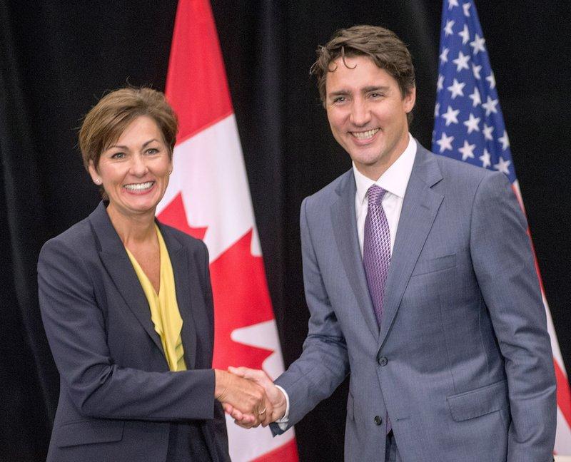 Justin Trudeau, Kim Reynolds