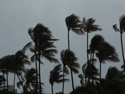 Raw: Winds From Hurricane Irma Lash Puerto Rico