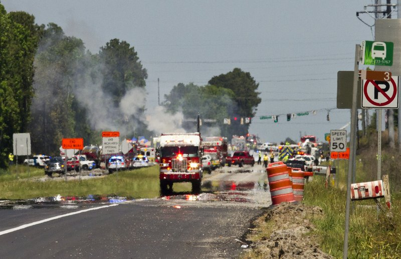 Investigators search for cause of deadly cargo plane crash