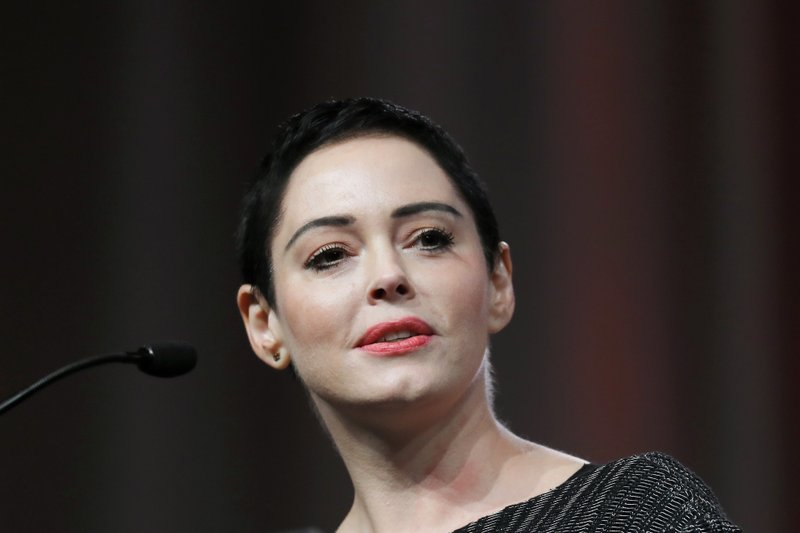 Rose McGowan turns herself in over drug possession warrant