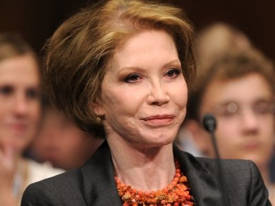 Iconic television star Mary Tyler Moore has died