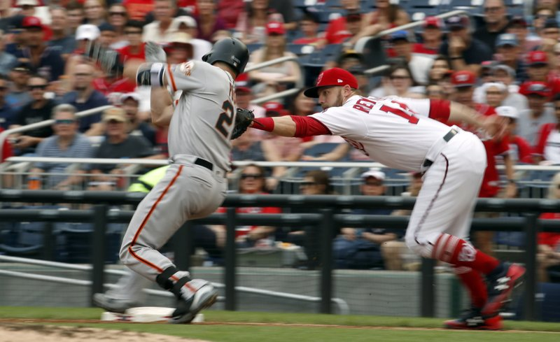 Buster Posey, Mark Reynolds
