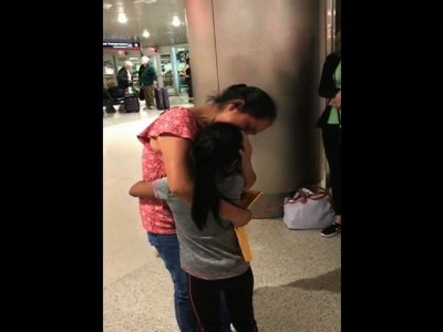 Migrant Mom Reunited With Young Daughter